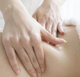 Massage permettant de réguler le yin et le yang, le haut et le bas du corps au travers de la stimulation du méridien ceinture.